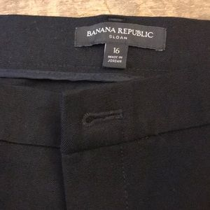 NWT Banana Republic Sloan fit black jean. Flared